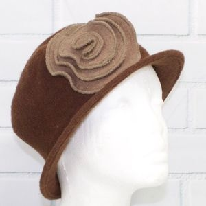 Beautiful Brown Wool Hat With Flower